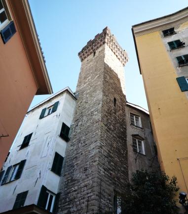 torre degli Embriaci (2)