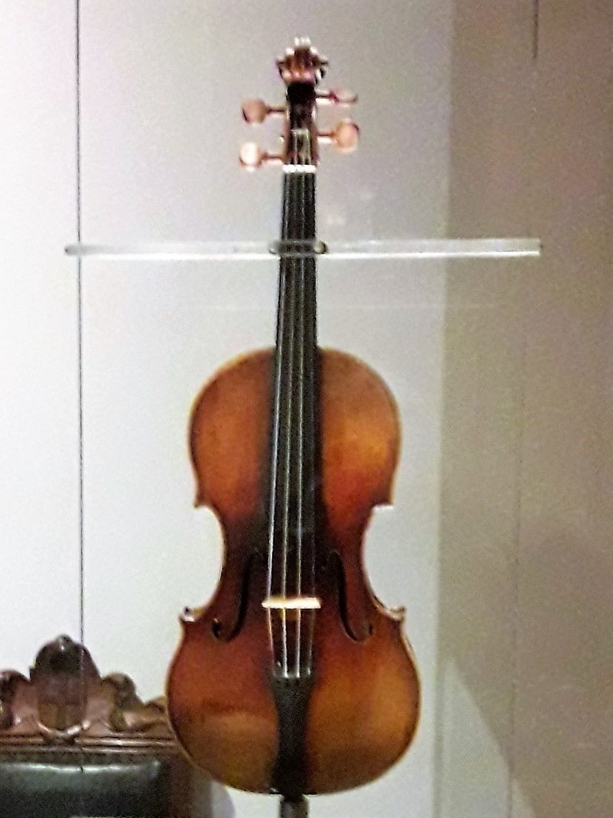 guarneri del Gesù