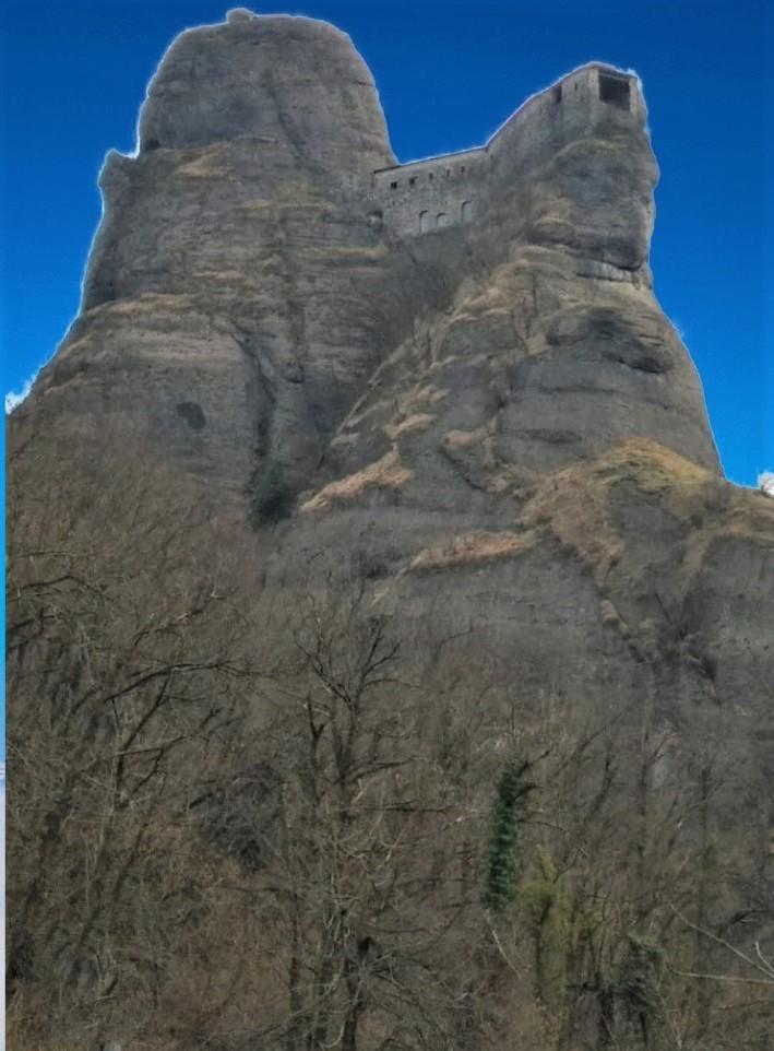 castello della pietra_InPixio